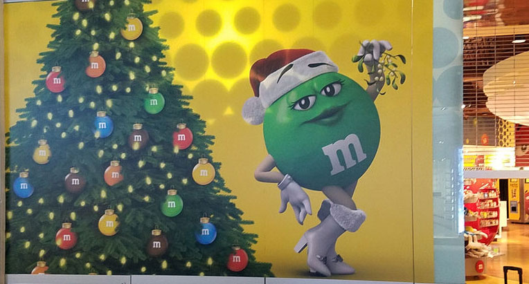M&M display
